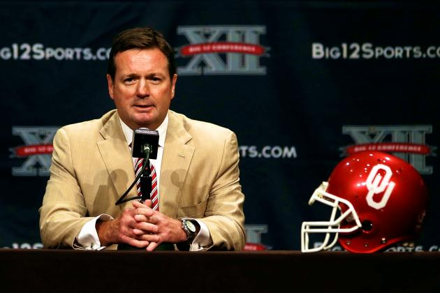 Bob Stoops Shows Lack of Judgement Telling Oklahoma Fans to Tweet at Recruits