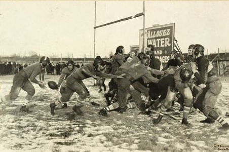 Fan Buys Rare Packers Photo for £3,000: It's Really of a High School Game