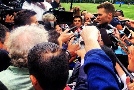 Tom Brady Addresses Aaron Hernandez