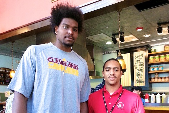 Andrew Bynum the Cleveland Cavalier Will Still Rock Ridiculous Hair