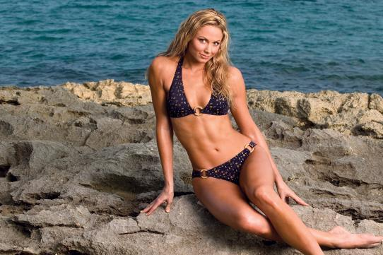 WWE Denies Stacy Keibler Reports