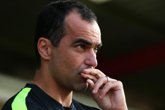 Martinez Can't Guarantee That Baines and Fellaini Will Stay at Everton