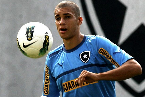 Report: Chelsea Make Bid for Brazilian Prodigy Doria