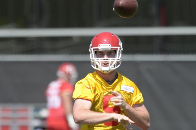 Tyler Bray, Stanzi Get Extra Reps as Veterans Sit