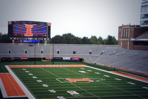 Photo: Illinois' New Memorial Stadium Scoreboard Is Huge, Awesome