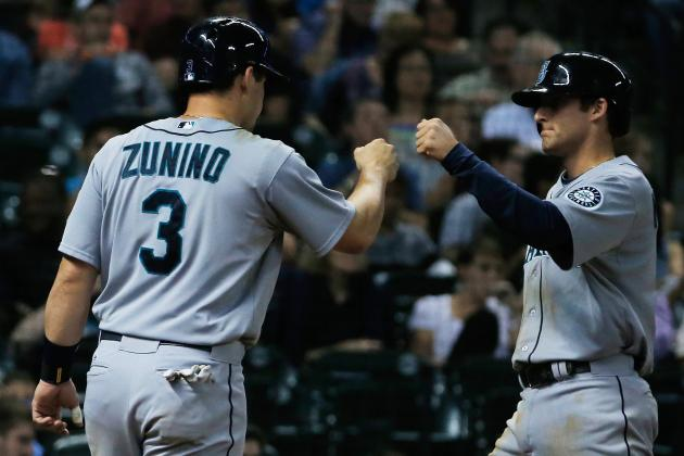Mariners Place Catcher Mike Zunino on DL
