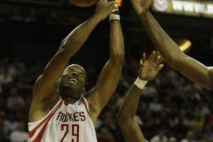 Veteran center Marcus Camby to sign on for return to Rockets