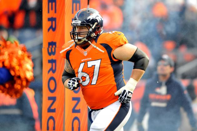 Report: Broncos C Dan Koppen Exits with Injury