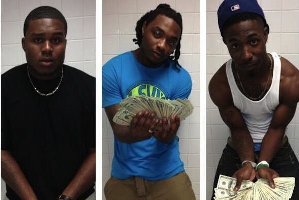 Alabama DL Dee Liner Flashes Wads of Cash on Instagram