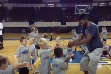 "Video: Former Kentucky Star Nerlens Noel Does ""Gangnam Style"" with Kids"