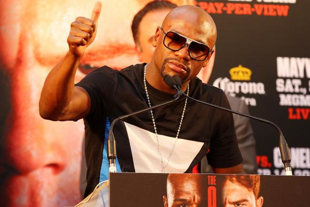 Floyd Mayweather Should Answer Roberto Duran's Criticism with Dominant Fight