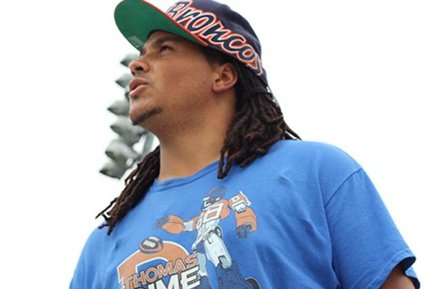 Denver Broncos Super Fan Bios: TheMadFanatic (Andrew Young)