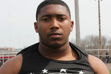 Four Star Defensive Tackle Favors Louisville