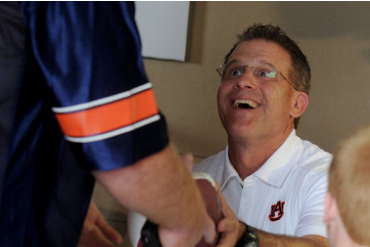 Gus Malzahn Sticking to What He Believes as Others Criticize Uptempo Offense