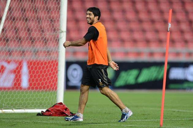 Arsenal Transfer News: Luis Suarez Remaining at Liverpool Signals Summer Failure