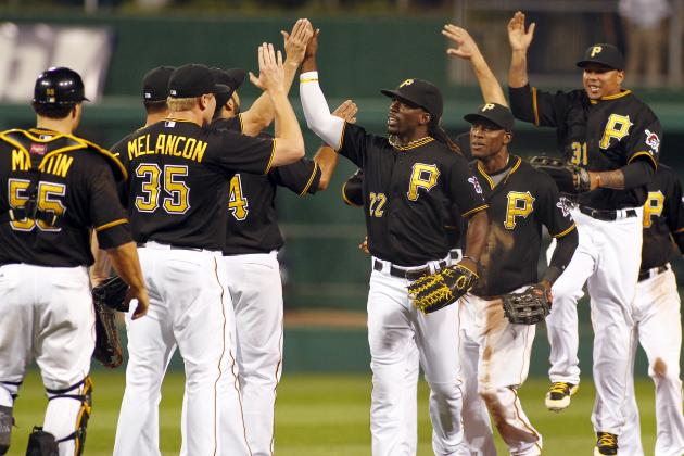 Martin's RBI in Eighth Gives Pirates 5-4 Win over Cards