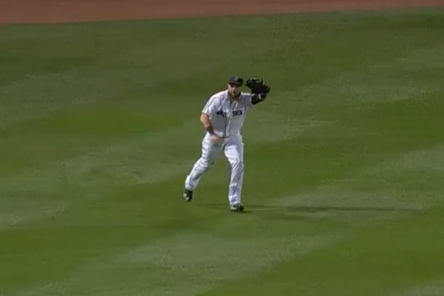 Red Sox Left Fielder Jonny Gomes Pulls off Unique Double Play in 15th Inning