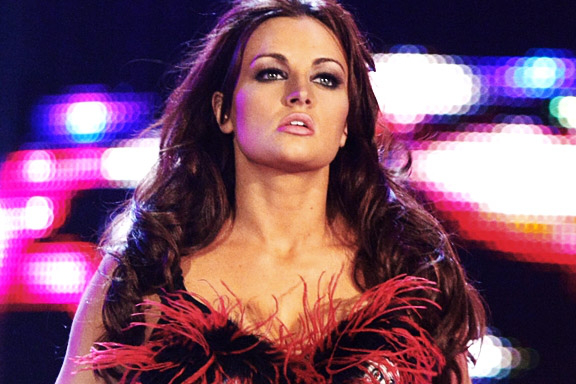 WWE Alum Maria Kanellis Wrong to Lash out at Bella Twins, Please Shut Your Mouth