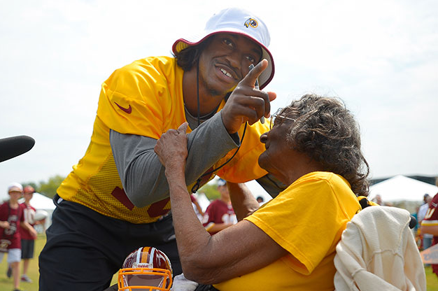 Robert Griffin III Meets 99-Year-Old Redskins Fan, Charm Ensues