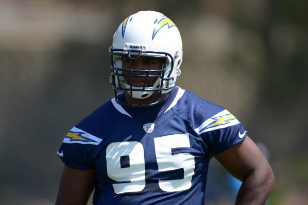 San Diego Chargers' Dwight Freeney Motivated by Skeptics