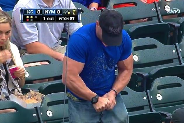 Jacked Mets Fan Struggles to Open a Water Bottle, Gives Up