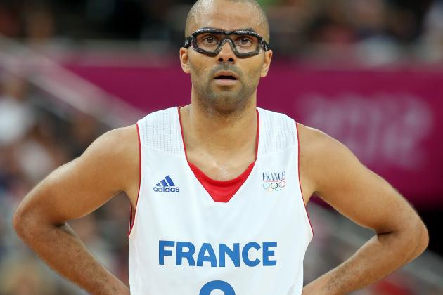 Parker Plans to Remain with French National Team