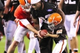 Ryan Encinas Video: 5-Year-Old Cancer Survivor Scores TD at Browns Camp