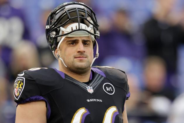 Gino Gradkowski and A.Q. Shipley Locked in 'Great Battle'
