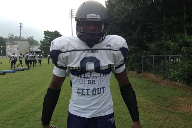 Breaking Down 5-Star DE Lorenzo Carter's Newly Named Top 7
