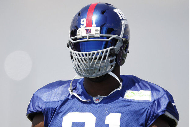 Justin Tuck Held out of Giants Practice with Back Tightness
