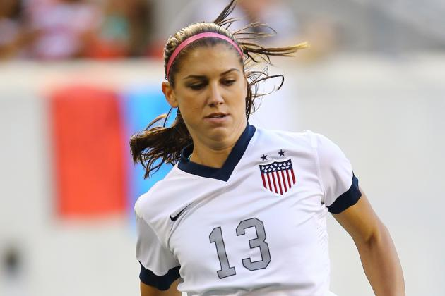 Alex Morgan Injured, Leaves After 10 Minutes of Portland's Game at Boston