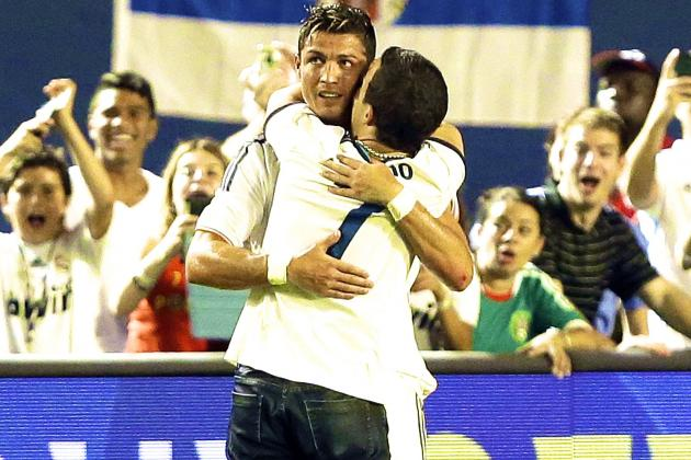 Cristiano Ronaldo Video: Watch Fan Run onto Pitch to Hug Superstar