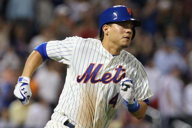 Harvey Throws a Shutout, Wilmer Flores Notches First Major-League Hit
