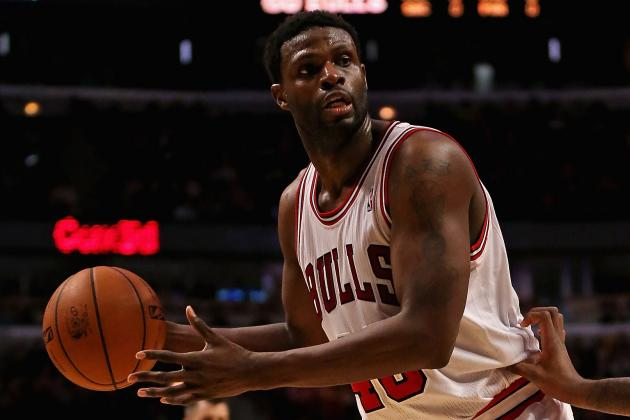 Bulls' Nazr Mohammed Spearheads 2nd Annual Fundraiser for Chicago Youth