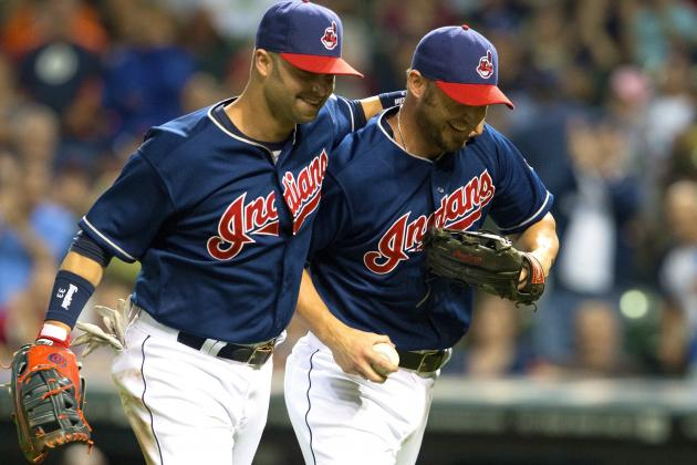 Indians' Ryan Raburn Shows off Super-Sub Skills with Perfect Pitching Effort