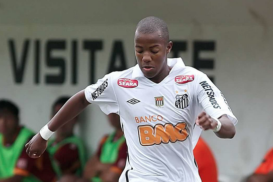 Arsenal Transfer Rumours: Gunners Should Avoid Bidding War for Victor Andrade