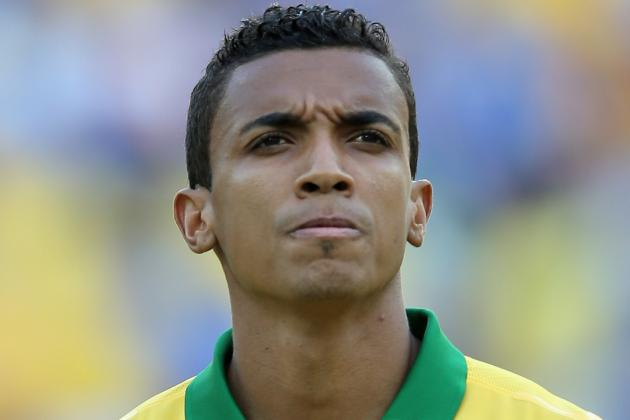 Arsenal Transfer Rumours: Luiz Gustavo Would Be Perfect Fit for Gunners