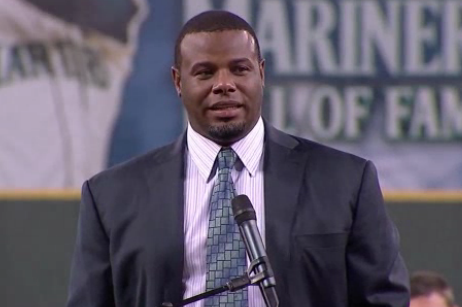 Emotional Griffey Joins Mariners Hall