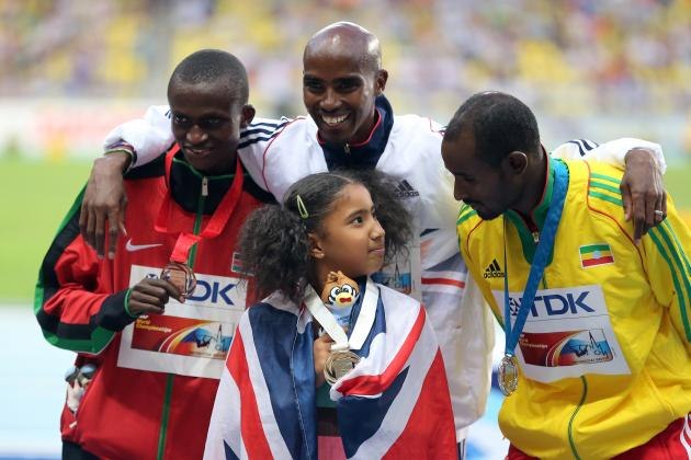 Mo Farah Celebrates Moscow Gold Medal in Style, with a Car Park Massage