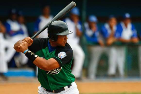 Scouting Report, Potential Suitors for Cuban Phenom Jose Dariel Abreu