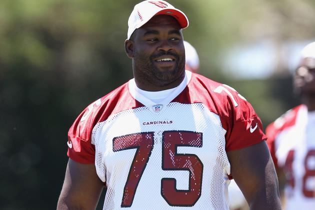 Arizona Cardinals LT Levi Brown Finally Hears Praise