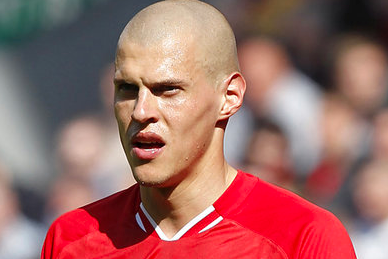Skrtel Hopes to Shake Off Knee Injury Before Weekend