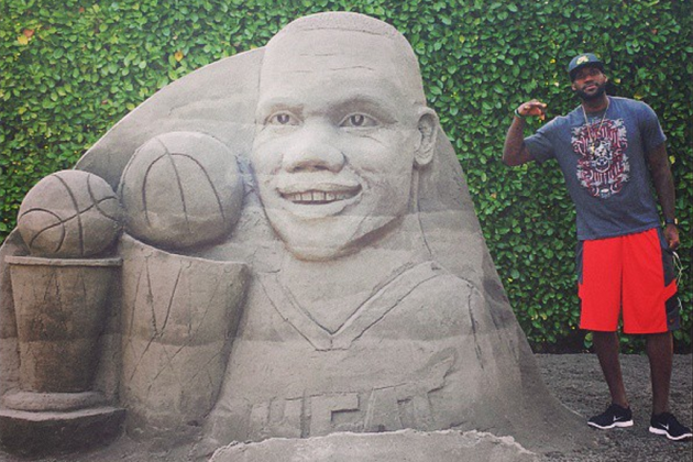 Nike Builds LeSphinx, a Giant LeBron James Statue Made out of Sand