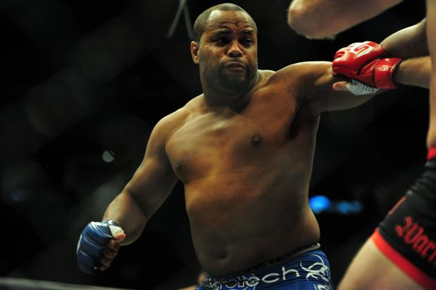 Daniel Cormier Dropping to Light Heavyweight No Matter What Happens at UFC 166