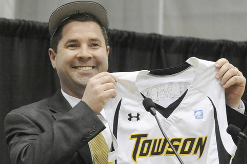 Towson Signs Pat Skerry to Contract Extension