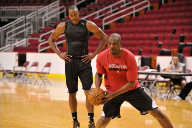 Hakeem Olajuwon Says Dwight Howard Is Still 'Very Raw' on Offense