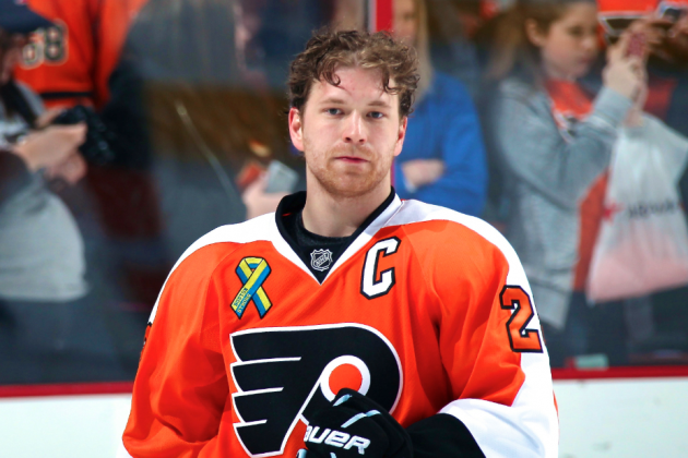 Claude Giroux Injury: Updates on Flyers Star's Finger After Freak Golf Accident