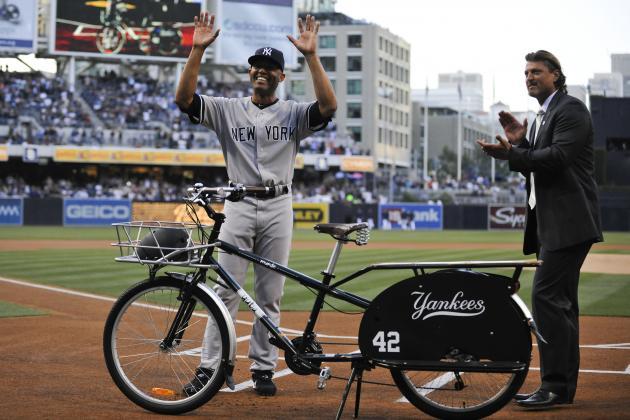 New York Yankees' Legend Mariano Rivera Donates to Kids