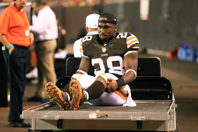 Browns Win Game, Lose Dion Lewis to Broken Leg