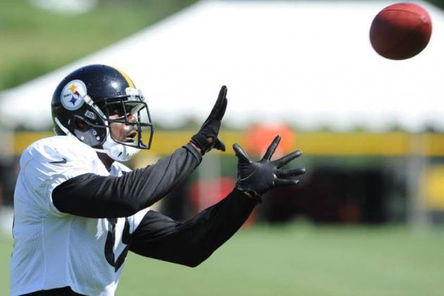 Steelers Veteran Receiver Cotchery Leads by Example